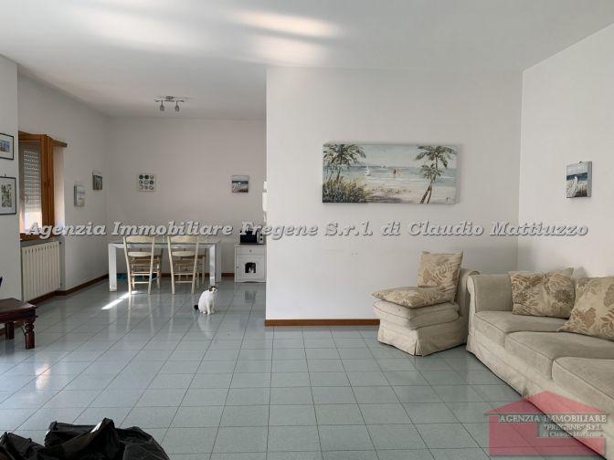 Fregene Appartamento con Terrazza Via Cervia