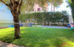 Villino Angolare con giardino