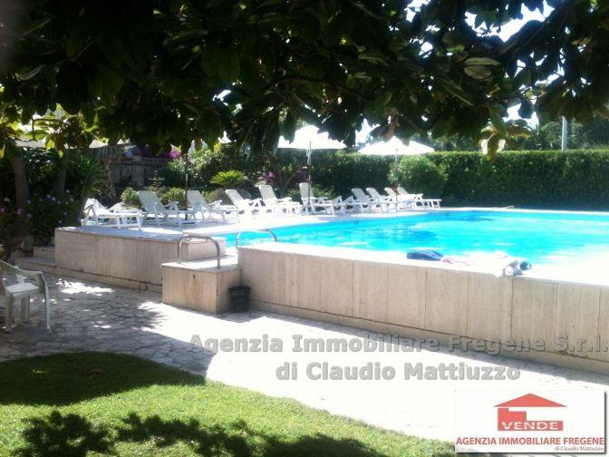 Appartamento in Villa storica con piscina condominiale