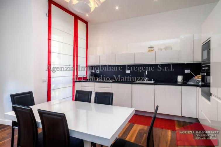 Parioli Appartamento elegante con rifiniture di alto pregio
