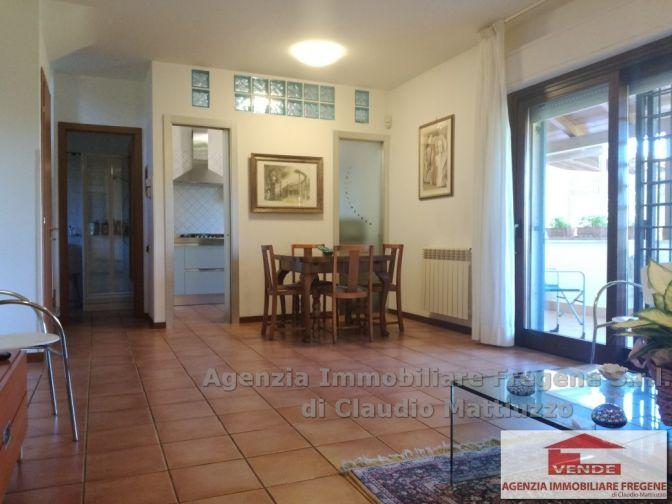 Splendida Villa Fronte Mare