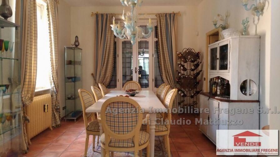 Splendida villa unifamiliare Fregene Centro